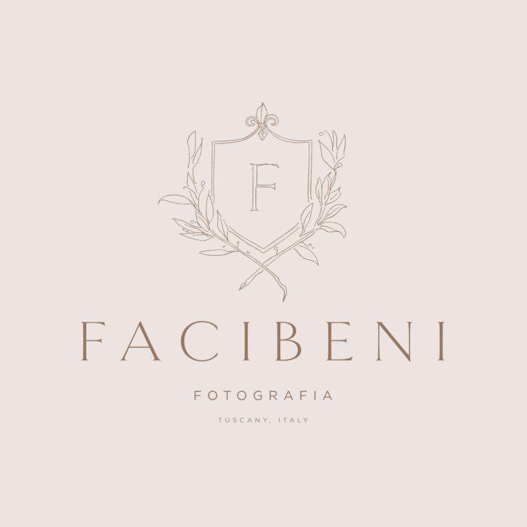 Custom crest illustrated logo for Italian wedding photographers   Davey & Krista